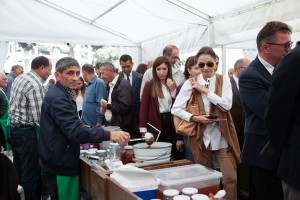 Representatives of the diplomatic corps accredited in Azerbaijan have visited the Honey Fair schedule